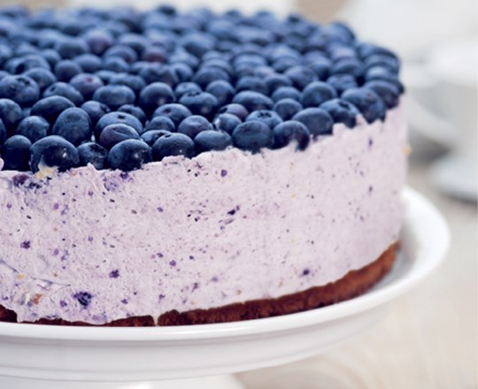 Cheesecake ai frutti di bosco e panna